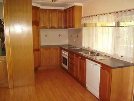A8e8907471ea7a0eda677ecf 27037 kitchentimberpallasstreet2 1532496093 thumbnail