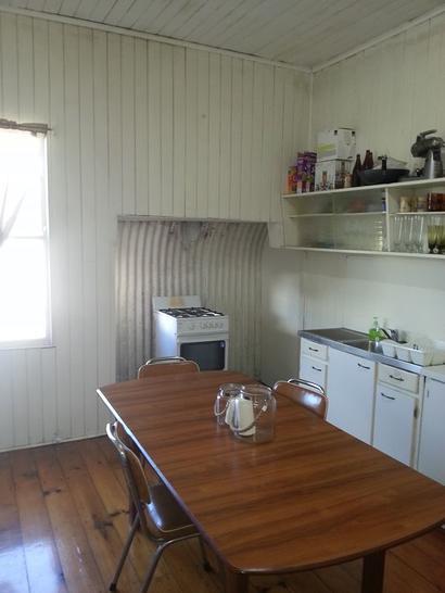 3c00198c95905676e2a7ed2d 17929 kitchen 1584681413 primary