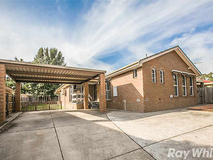 House - 8 Mayfield Drive, M...