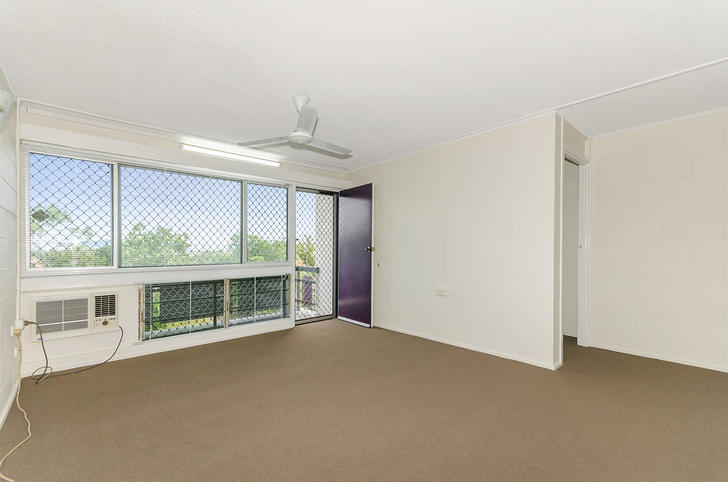 Unit - 5/29 Stagpole Street...