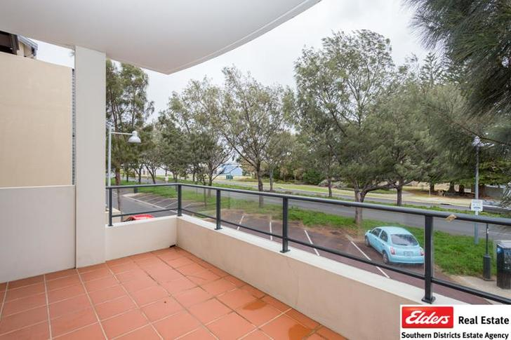 House - 28/7 Jetty Road, Bu...