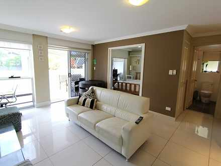 Apartment - 2/96 Stanhill D...