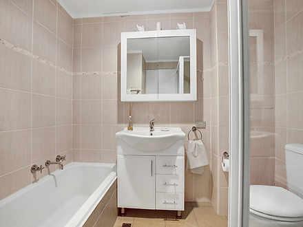 52c2e135055635679b4f6846 15461 bathroom 1590120749 thumbnail