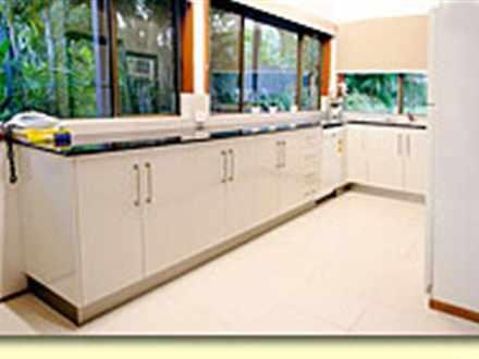 F5ca40e0c62106879361722e 9684 bluefin interior kitchensmsmall 1534901083 thumbnail