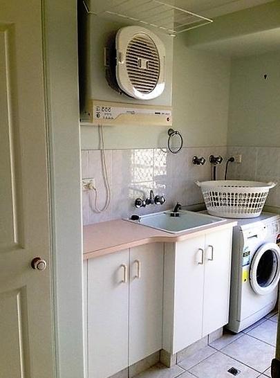 1bd24ef13b5685344930eec3 15115 laundry 1535336674 primary
