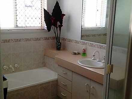 A1ad214417c698a2fd06ae97 14832 bathroom 1535336688 thumbnail