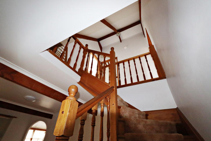 87cdbbe7b8b16a34ce1dfc99 25841 staircase 1535339794 primary