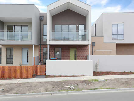 10 Queen Circuit, Sunshine 3020, VIC Townhouse Photo
