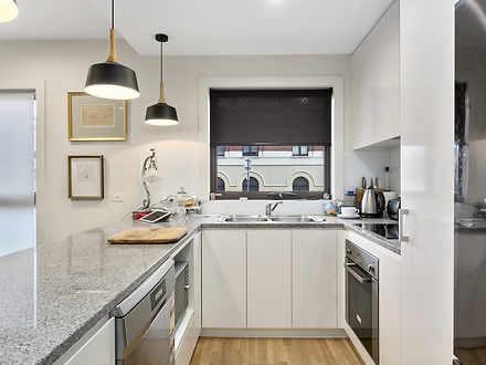 Apartment - 9 / 212 Collins...