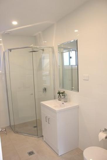 794d5cbdb0ee1c8b1896ef39 20654 bathroom 1588299280 primary