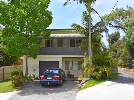 House - 169 Bateau Bay Road...