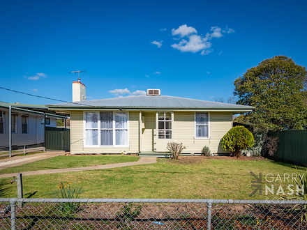 House - 34 Manley Crescent,...