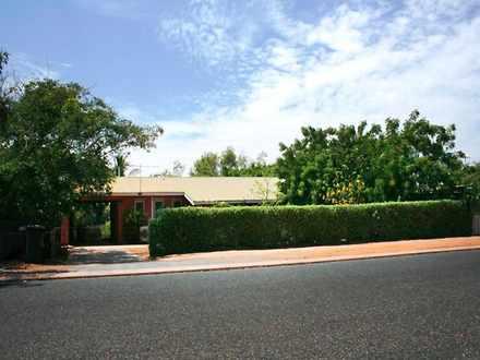House - 18 Robinson Street,...