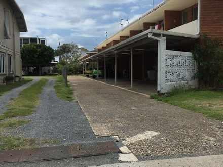 House - 8 / 57 Brisbane Str...