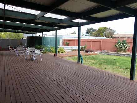 House - 33 Eyre Highway, Ce...