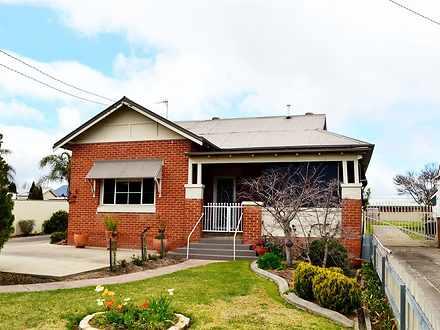 House - 1/4 Carey Street, T...