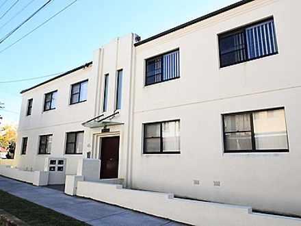 Apartment - 8/46A Constitut...
