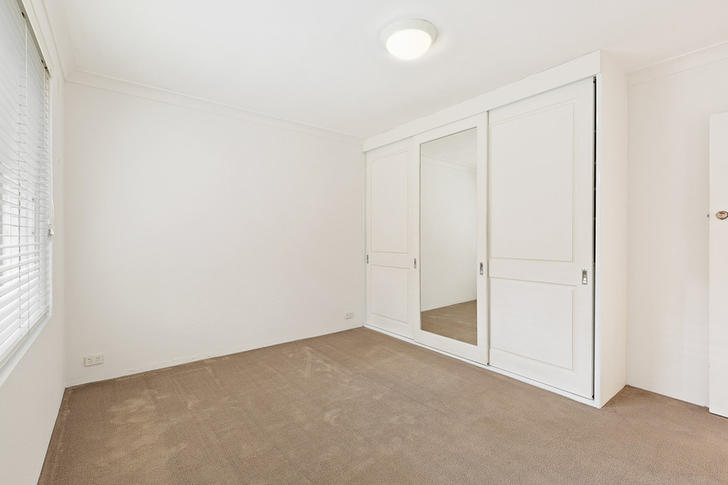 96016fe36d09052c3a987be8 25207 10 25collingwood bedroom 1588572788 primary