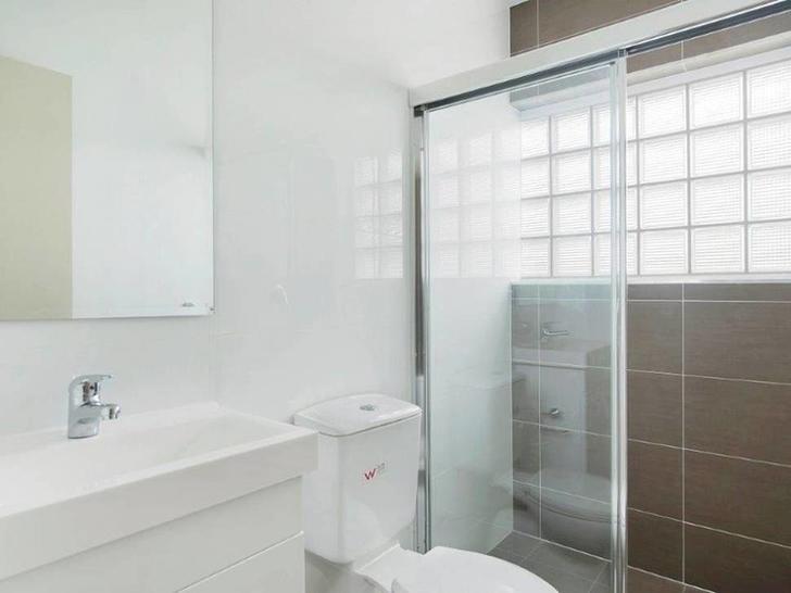 48528ccd4af72cf6b10e66f9 bathroom 1587011640 primary