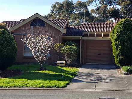 House - 2/9 Sunglo Court, T...