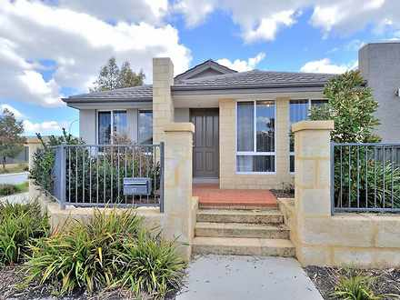 House - 12 Mayfield Drive, ...