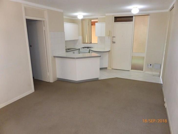 Unit - 6/80 King George Str...