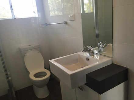F0eb3ffb26f0a02f0506e227 22803 raywhitedarwinbathroom 1538851214 thumbnail