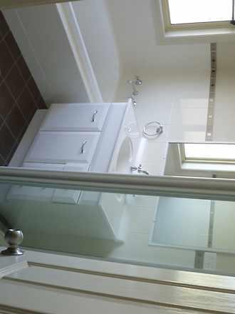 1122d9928c011d16f6f57c64 29471 bathroom 1538979453 thumbnail
