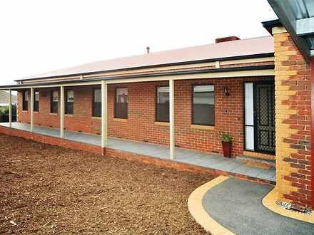 House - 1B Tasman Court, Ka...