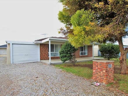 House - 37A Oakley Crescent...