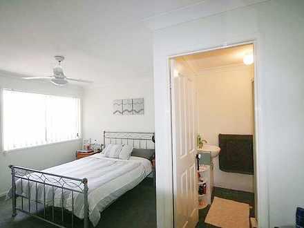 Ea7ad1dac5d2d5f801b837ec 27833 mainbedroom 1539742380 thumbnail