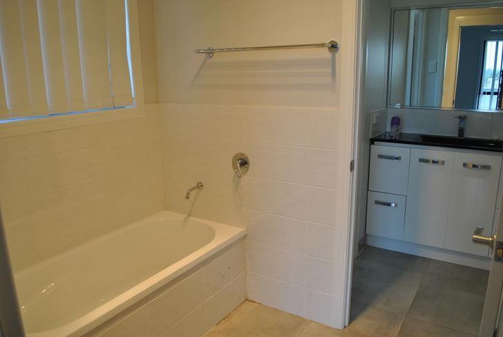 1bcf889951c3f8a2550bf24a 21270 35de s1745247 hires.8727 bathroom.powderroom3 1539745988 primary