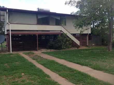 House - 2 Calvert Court, Dy...
