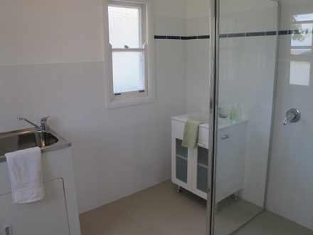 E14a6d62072c4cb7ce19a46b 10636 bathroom 1541615528 thumbnail