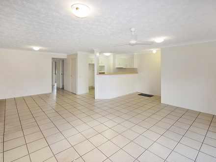 Apartment - 28/560 Gold Coa...