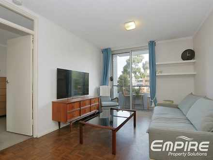 House - 205/23 Adelaide Str...
