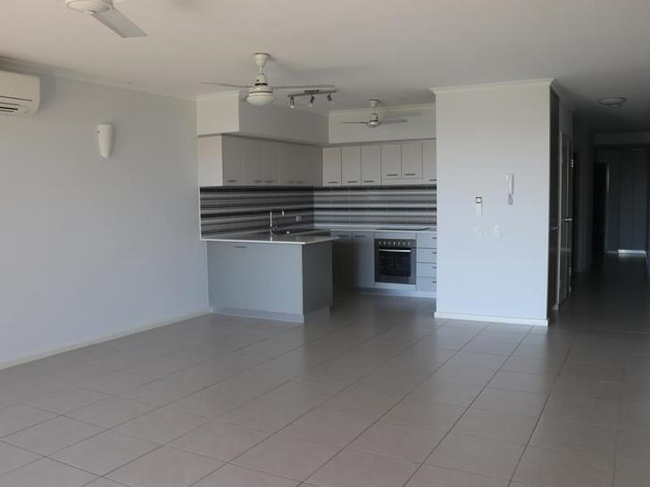 Apartment - 2B / 174 Forres...