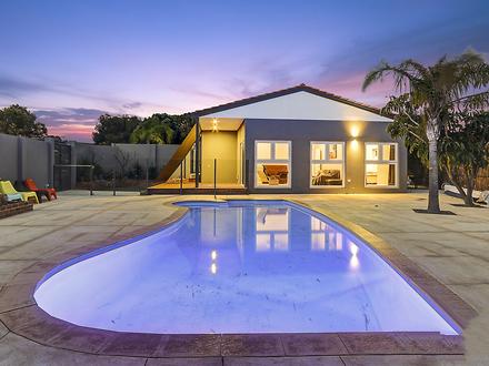 Pool and house 1542679277 thumbnail