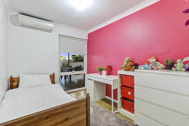 Olive bedroom 1542679300 primary