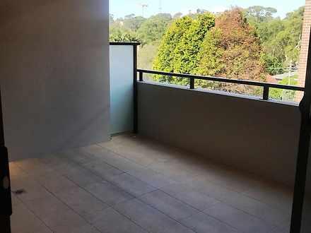 1e699d0c7aad77091eab493d 12170 balcony 1584951267 thumbnail