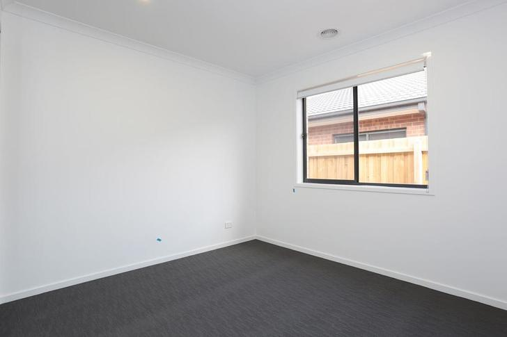 10 Perry Road, Werribee 3030, VIC House Photo