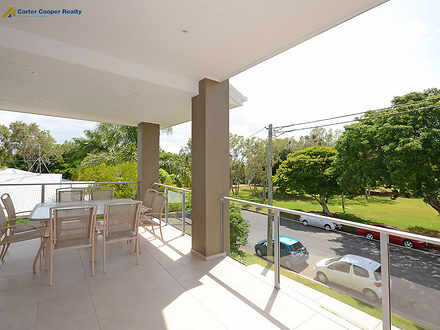 B57d87ea2d790df49cd16906 4646 balcony 1544145568 thumbnail