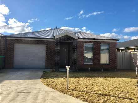 3/110 Greta Drive, Hamilton Valley, Lavington 2641, NSW Townhouse Photo