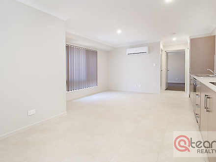 2/23 Siemons Street, One Mile 4305, QLD House Photo