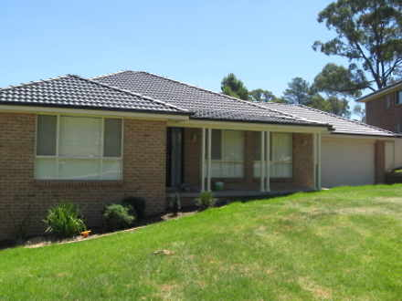 House - 4 Hambrook Place, Y...