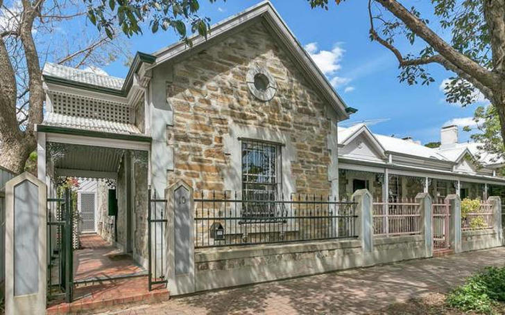 House - 10 Charles Street, ...