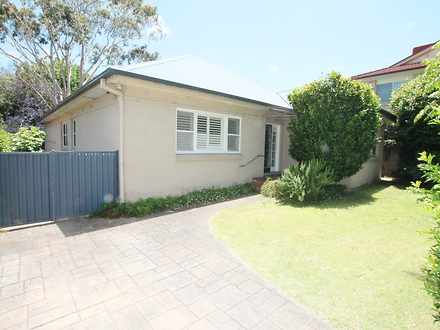 House - 9 Figtree Street, L...