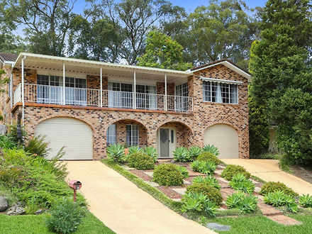House - 32 White Cedar Clos...
