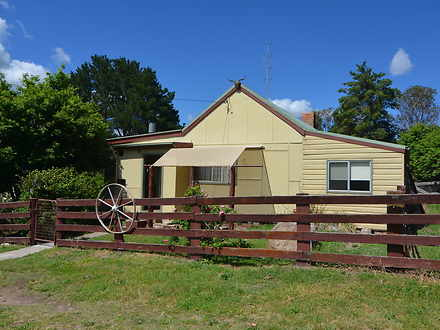 House - 596A Mckanes Falls ...