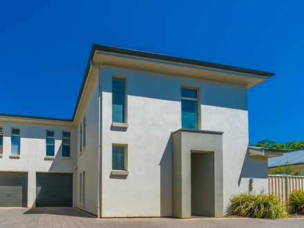 Townhouse - 4/30 Falcon Ave...